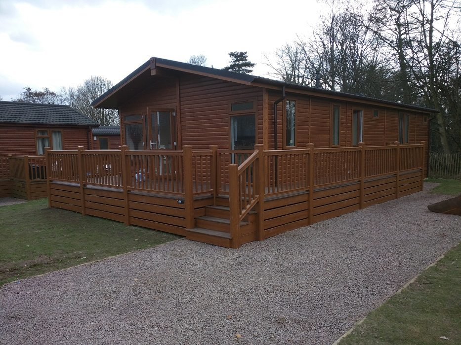 Composite decking whole cabin London Enfield