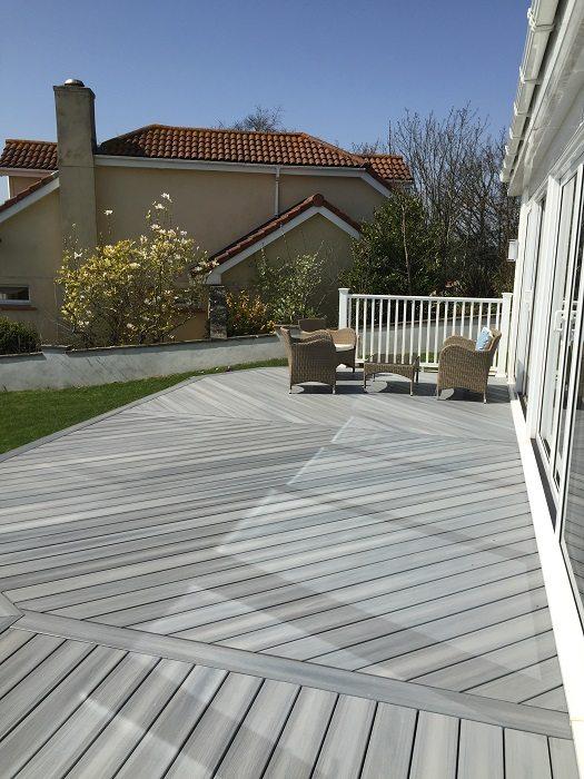 Torquay Composite Decking Garden