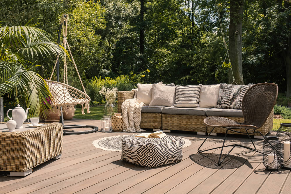 coverings and furniture on composite decking